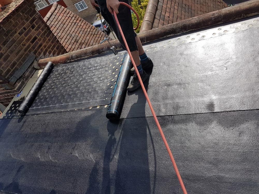 flat-roofing-surrey-01