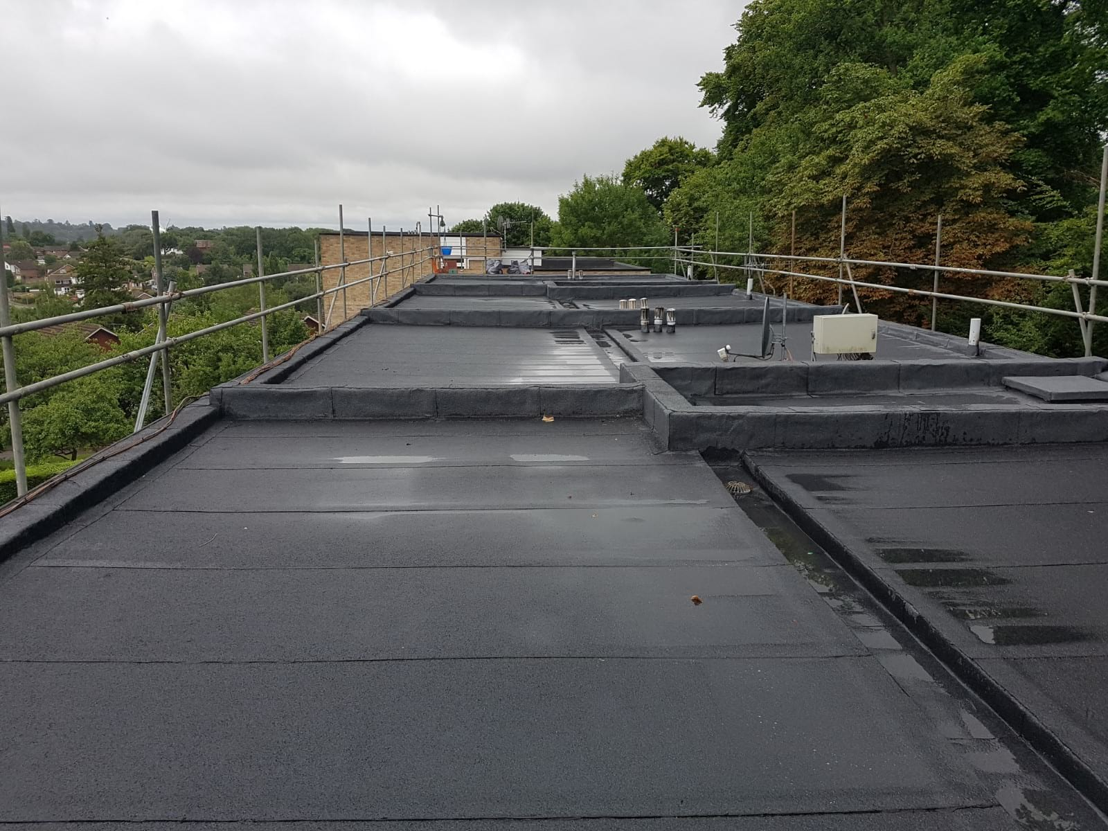 flat-roofing-surrey-11