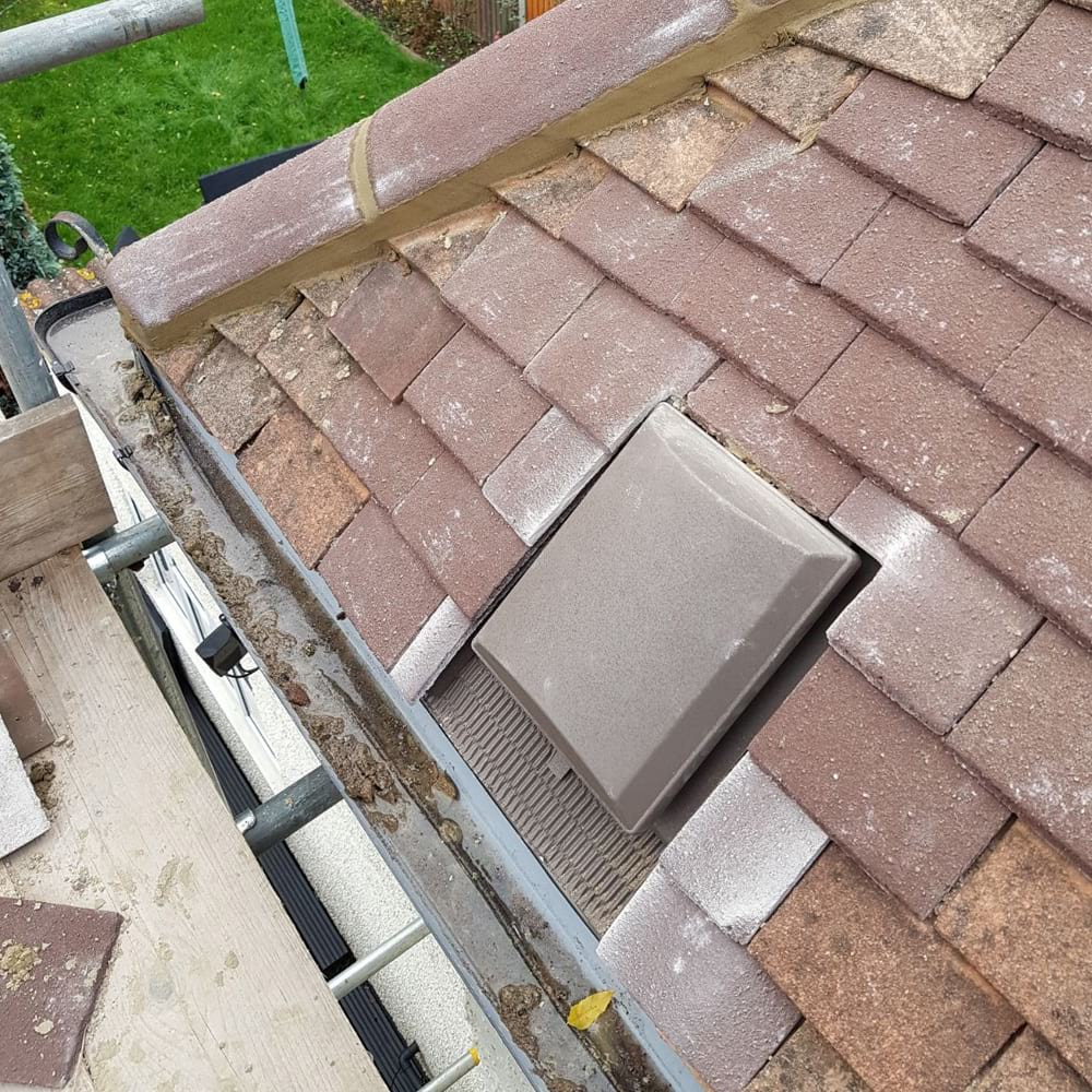 Roof repairs Claygate